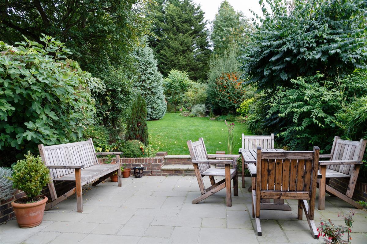 Jardin l 39 anglaise amenagement jardin morbihan for Jardines rusticos fotos