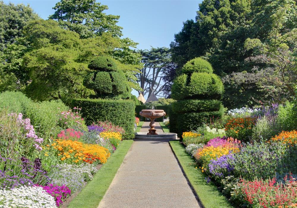 Jardin l 39 anglaise amenagement jardin morbihan for Paysage jardin