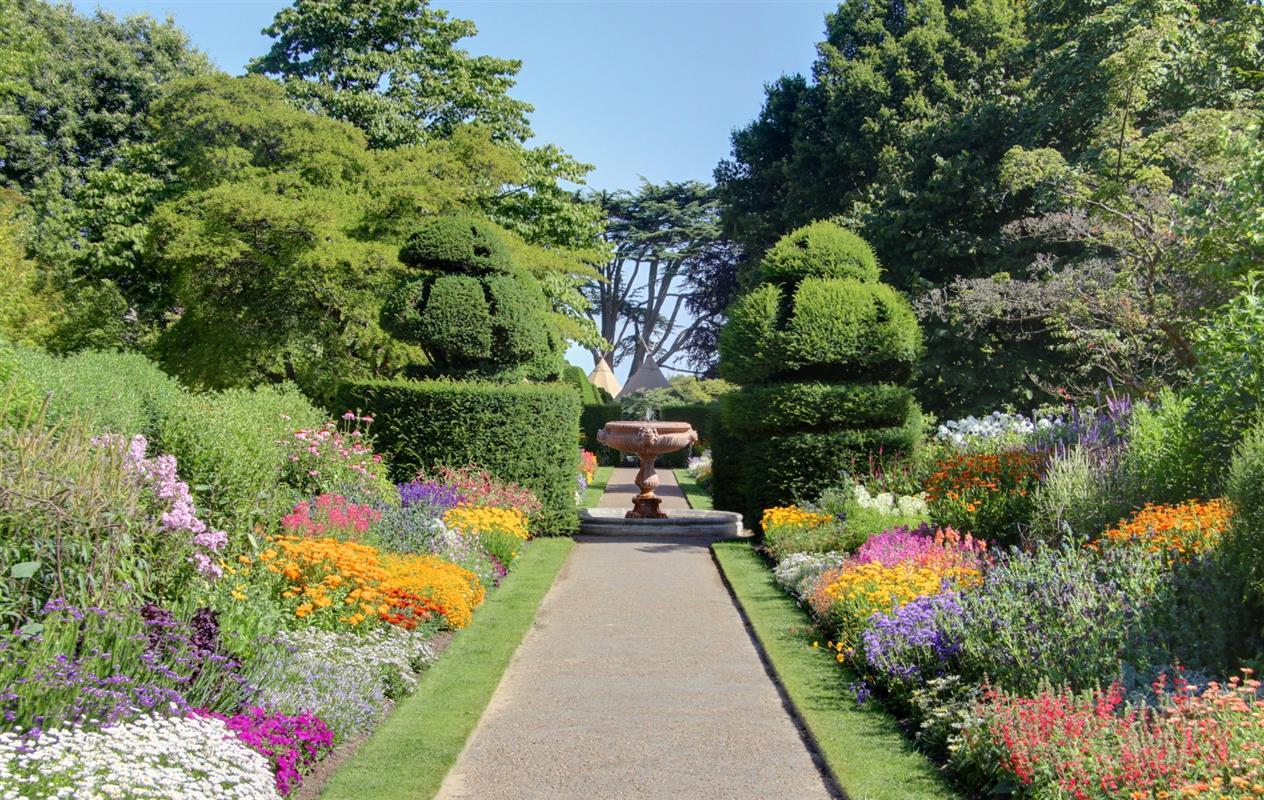 Jardin l 39 anglaise amenagement jardin morbihan paysagiste marzan abel paysages - Jardins a l anglaise ...